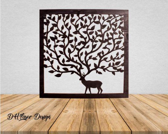 Tableau cerf arbre noir