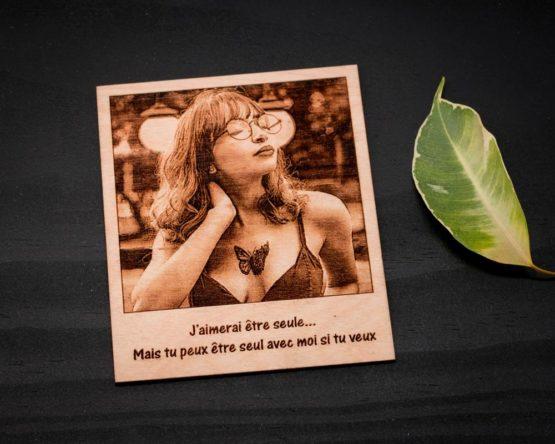 gravure photo sur bois femme