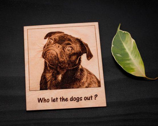 Gravure photo sur bois chien